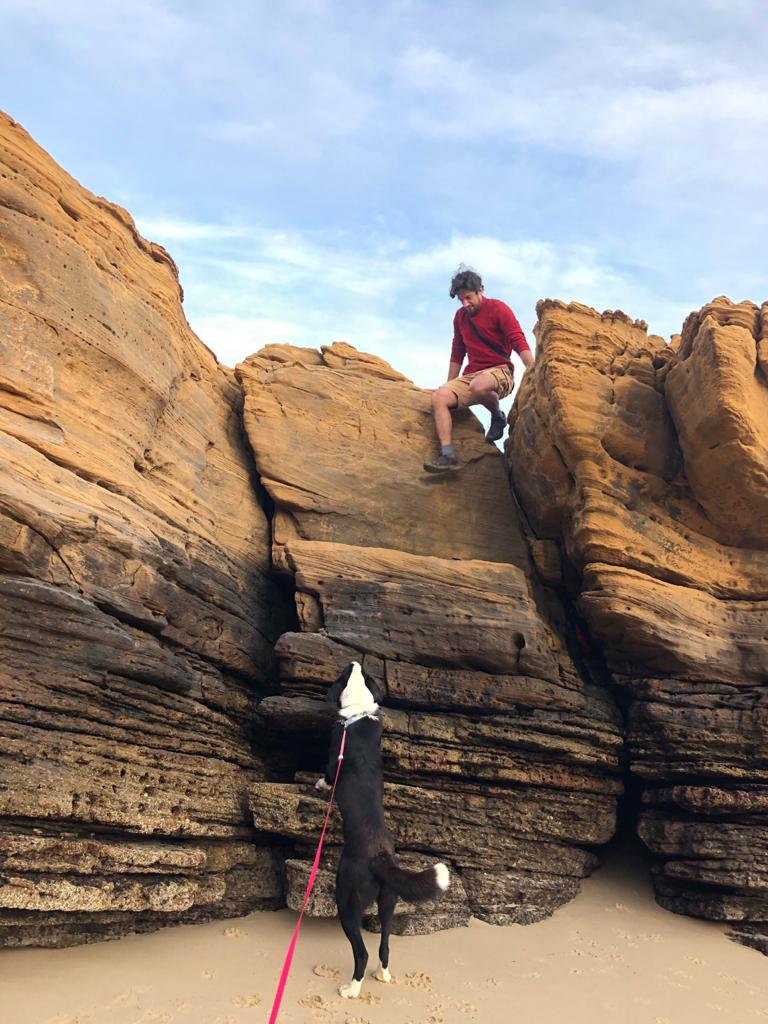 Andre teaching Solo to climb during Life & Travel in Portugal