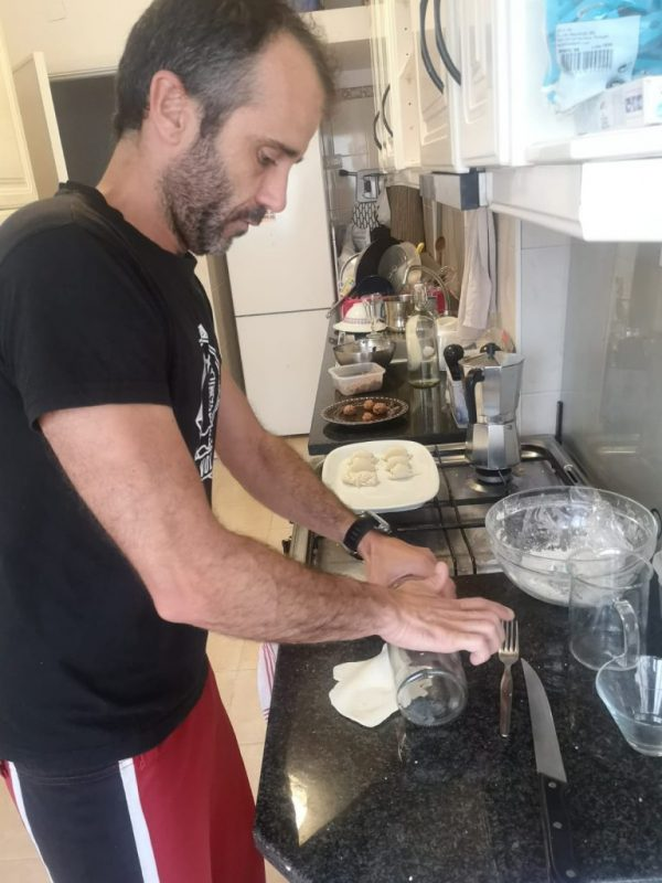 Ricardo preparing dim sum during Life & Travel in Portugal